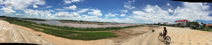 vientiane mekong cycle path