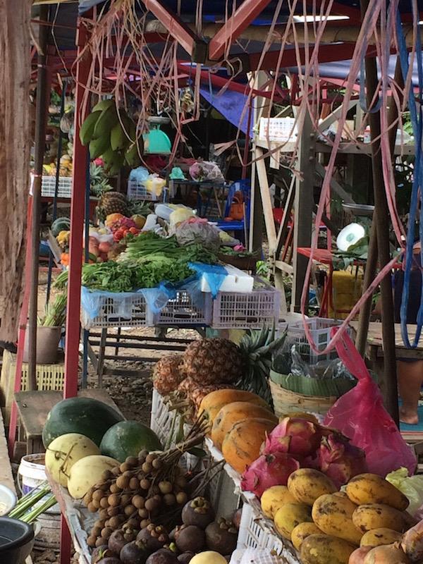 Veggie stalls