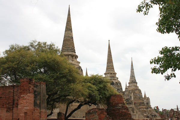 Ayutthura tombs of 3 kings
