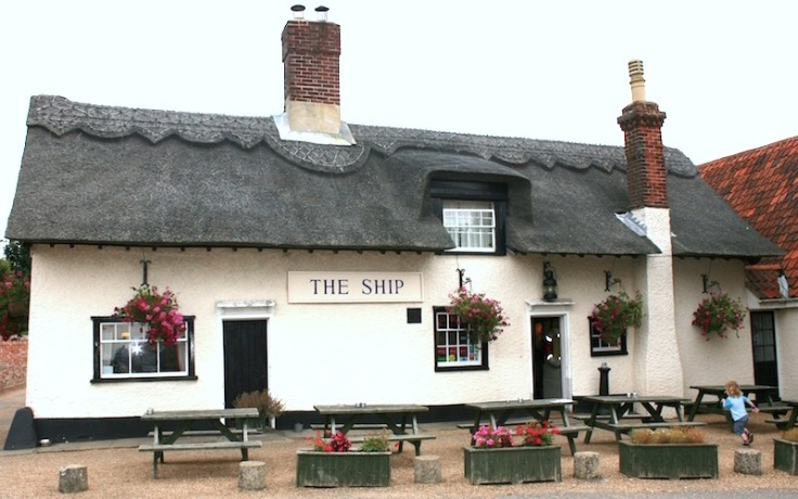 13th century - The Ship Inn, Levington, UK by the River Orwell