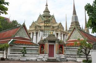Wat Pho Buildings03